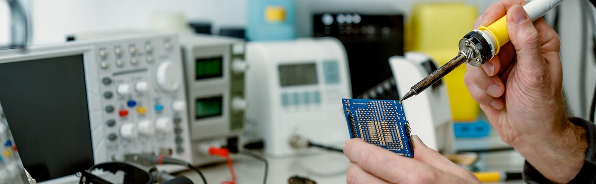 opravy elektroniky